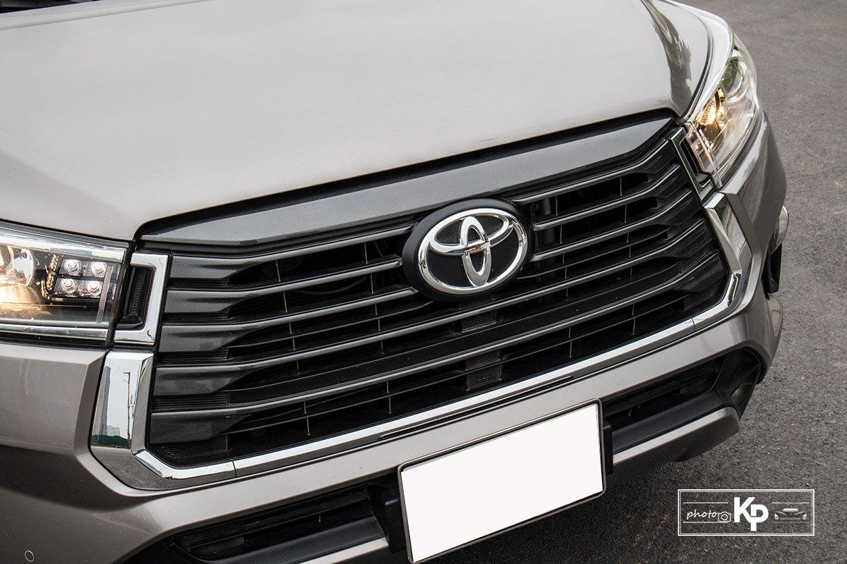 Ảnh Lưới tản nhiệt xe Toyota Innova 2.0G 2021