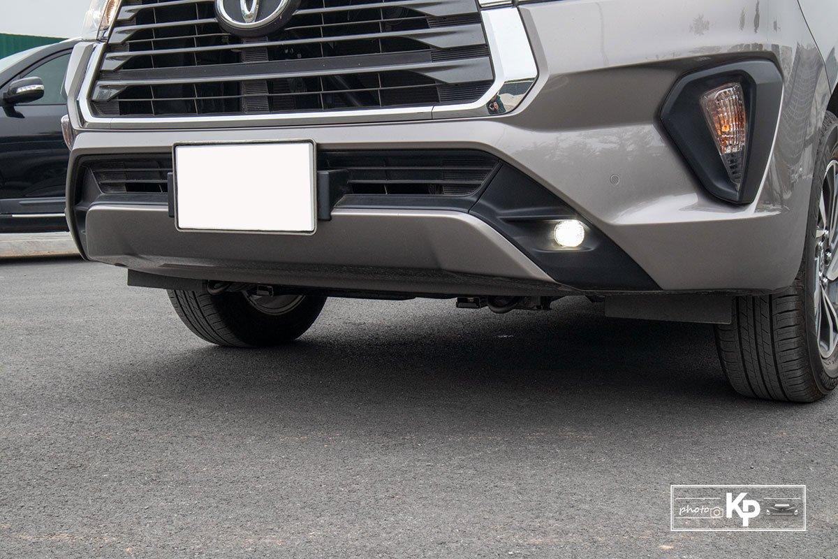 Ảnh Cản trước xe Toyota Innova 2.0G 2021