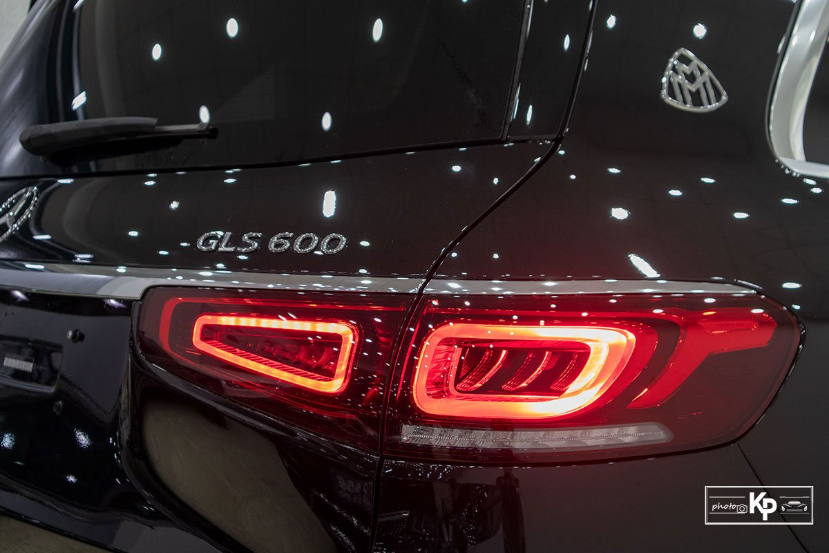 Ảnh Đèn hậu xe Mercedes-Maybach GLS 600 2021