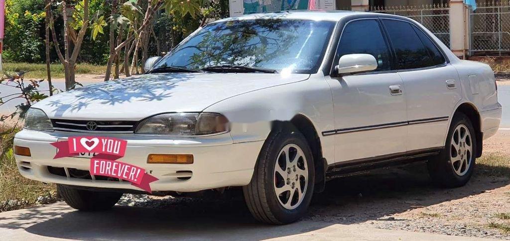 Bán Toyota Camry năm 1995, màu trắng, nhập khẩu nguyên chiếc (1)