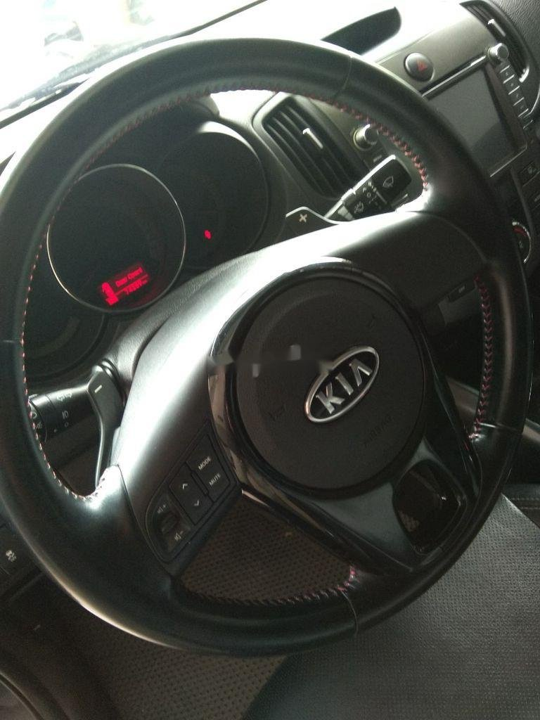 Bán xe Kia Forte đời 2013, màu đen, giá 375tr (6)