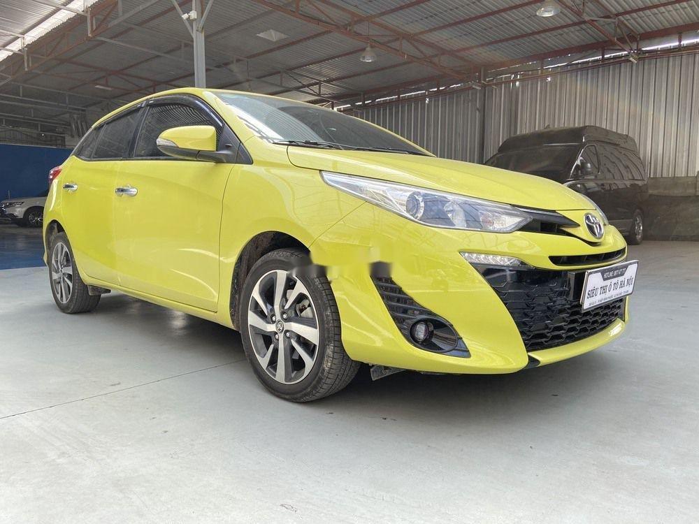 Cần bán lại xe Toyota Yaris 1.5G CVT 2019, màu vàng (2)
