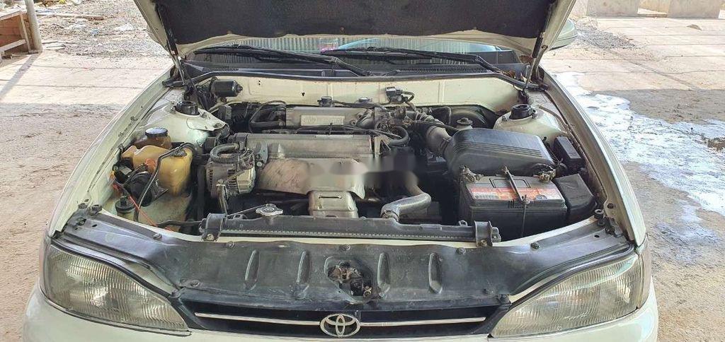 Bán Toyota Camry năm 1995, màu trắng, nhập khẩu nguyên chiếc (2)