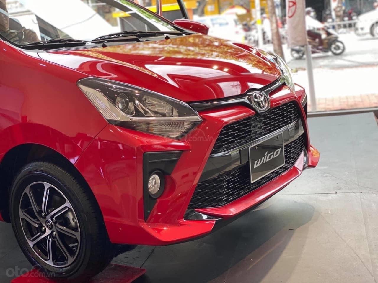 Cần bán xe Toyota Wigo 1.2AT sản xuất 2021 trả trước 130 triệu nhận xe (4)