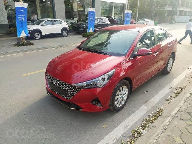 Bán xe Hyundai Accent đời 2021, có sẵn giao ngay, mới 100% (1)