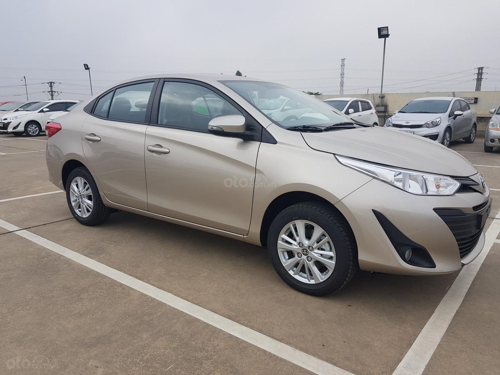 Toyota Vinh - Nghệ An bán xe Vios tự động giá rẻ nhất Nghệ An, trả góp 80% lãi suất thấp (2)