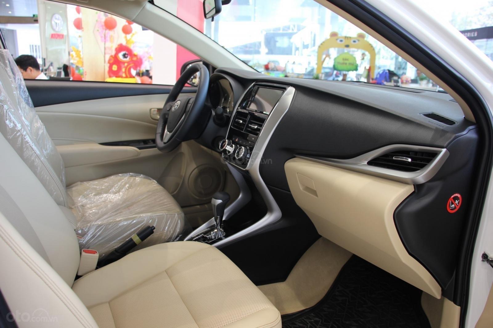 Toyota Vinh - Nghệ An bán xe Vios tự động giá rẻ nhất Nghệ An, trả góp 80% lãi suất thấp (4)