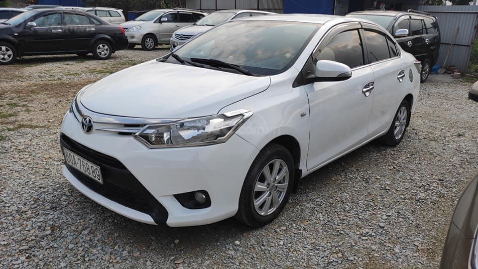 Cần bán nhanh Toyota Vios E năm sản xuất 2014, màu trắng như mới, giá 295 triệu (2)