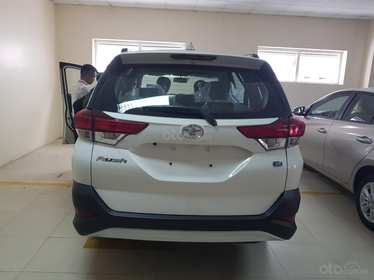 Toyota Vinh - Nghệ An: Bán xe Rush giá rẻ nhất Vinh Nghệ An, trả góp 80% lãi suất thấp (6)