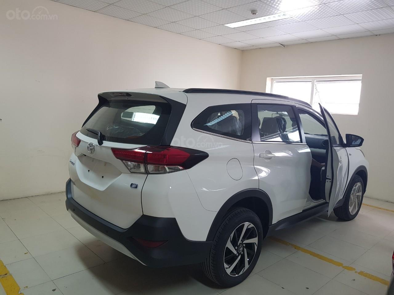 Toyota Vinh - Nghệ An: Bán xe Rush giá rẻ nhất Vinh Nghệ An, trả góp 80% lãi suất thấp (7)