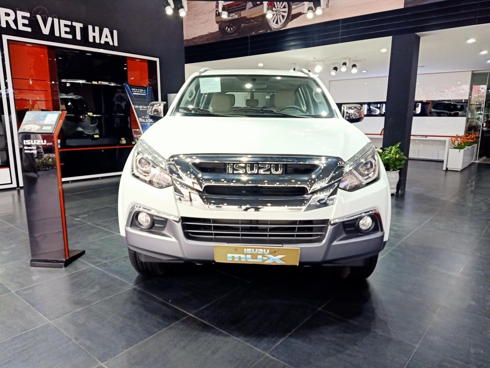 Bán xe Mu-X B7 4x2 1.9MT mới 100% sản xuất 2019 (1)