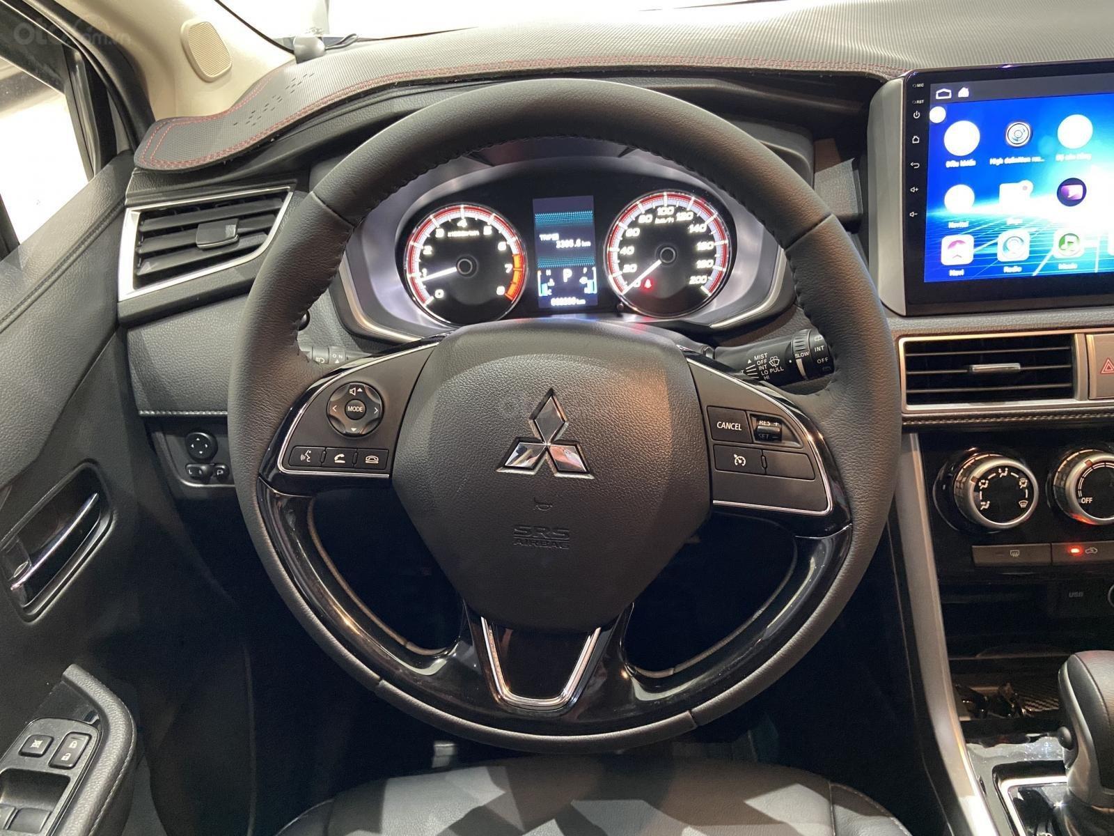 Bán xe Mitsubishi Xpander năm sản xuất 2020, màu Bạc, xe đẹp, mới đi 3.000km (7)
