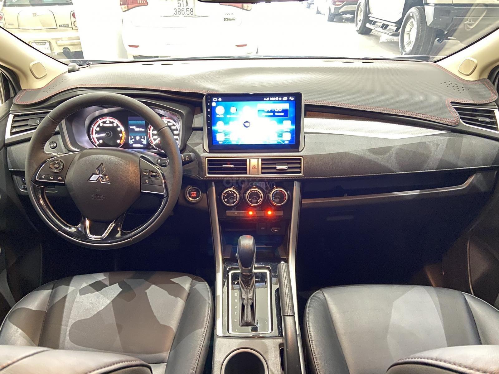Bán xe Mitsubishi Xpander năm sản xuất 2020, màu Bạc, xe đẹp, mới đi 3.000km (8)