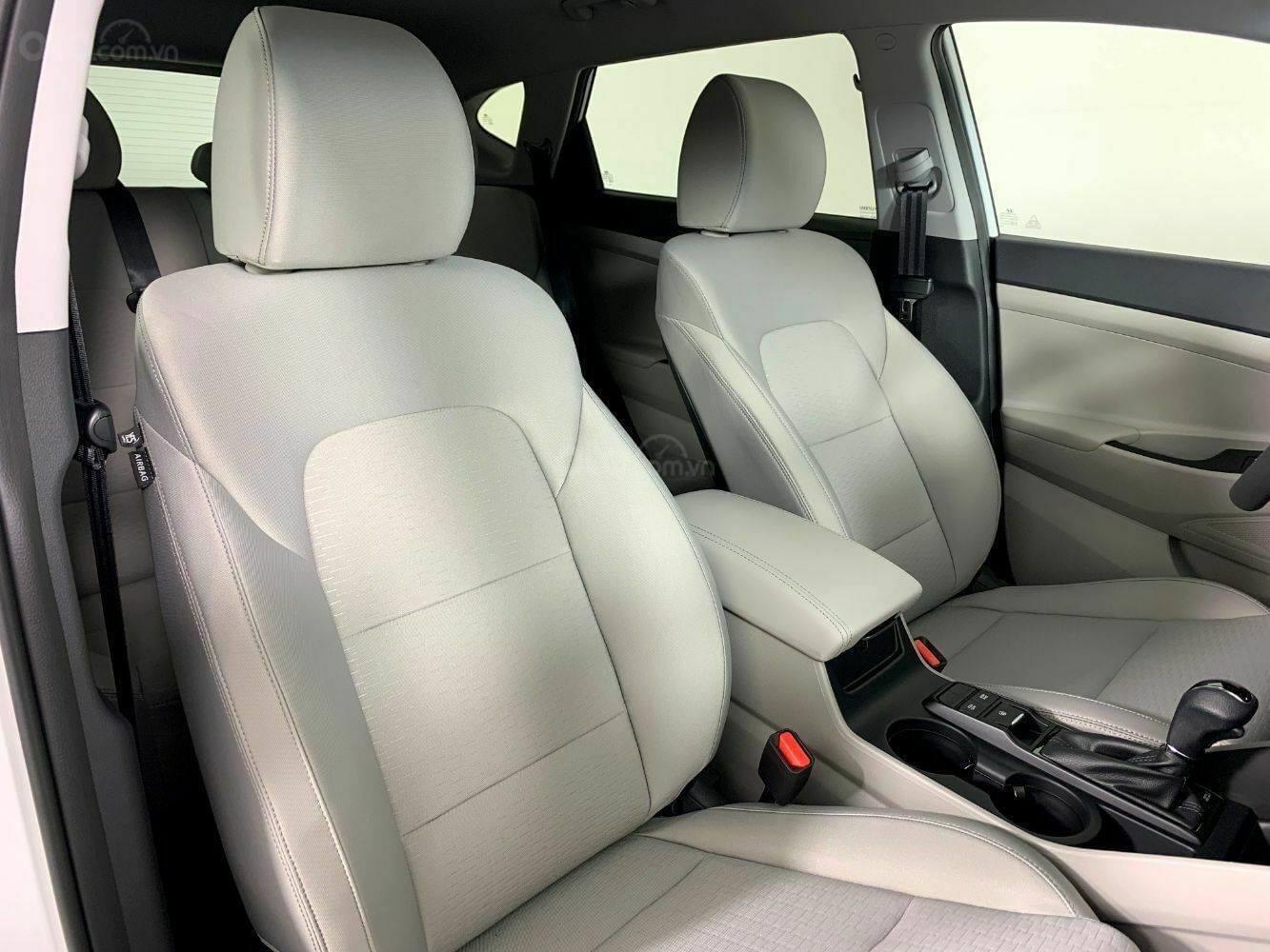 [TPHCM] Hyundai Tucson sẵn kho, đủ màu, hỗ trợ vay lên đến 85%+ chương trình khuyến mãi hấp dẫn (11)