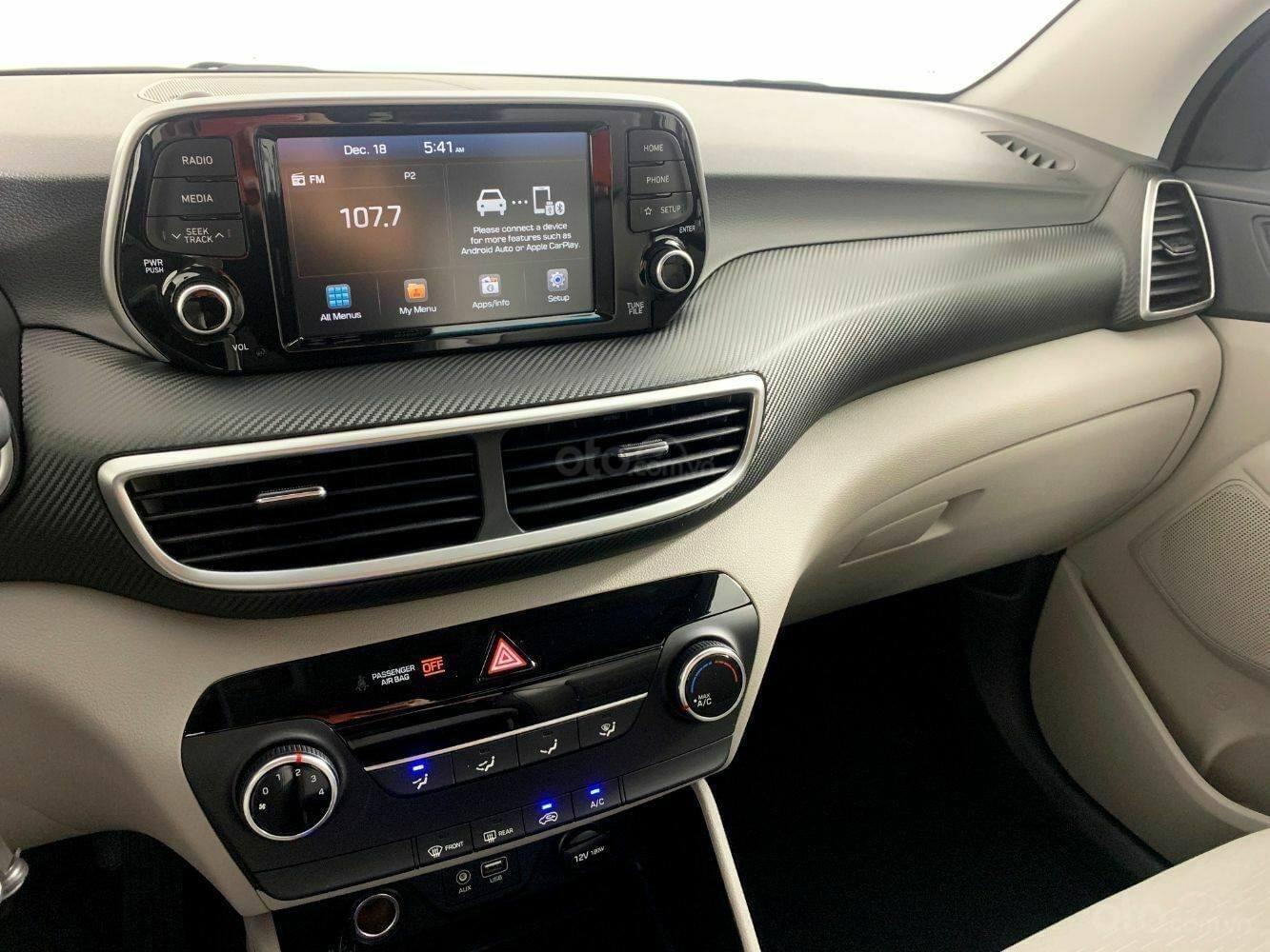 [TPHCM] Hyundai Tucson sẵn kho, đủ màu, hỗ trợ vay lên đến 85%+ chương trình khuyến mãi hấp dẫn (15)