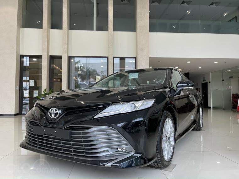 Xe mới - Toyota Camry 2021 - ưu đãi tiền mặt - khuyến mại phụ kiện (1)