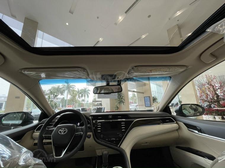 Xe mới - Toyota Camry 2021 - ưu đãi tiền mặt - khuyến mại phụ kiện (10)