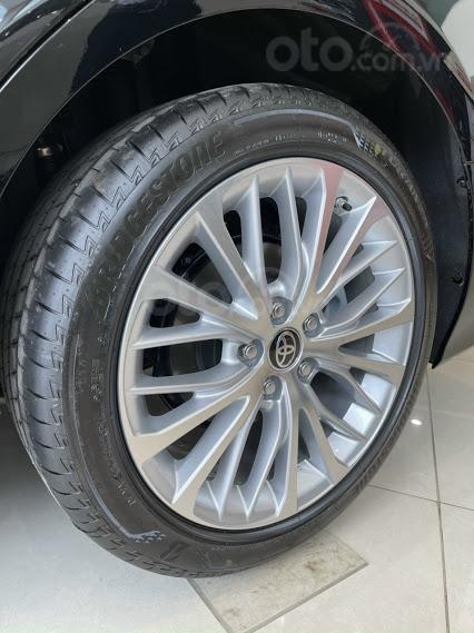 Xe mới - Toyota Camry 2021 - ưu đãi tiền mặt - khuyến mại phụ kiện (7)