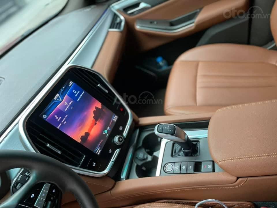 Bán ô tô VinFast LUX SA2.0 model 2020, màu đỏ, bản full kịch 1 chủ từ mới (4)