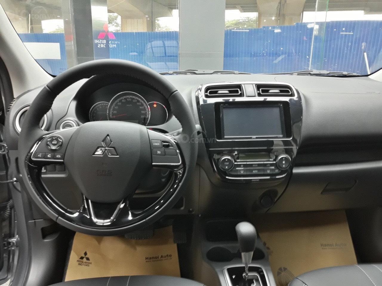 Giá xe Mitsubishi Xpander AT giá sốc đầu năm (7)