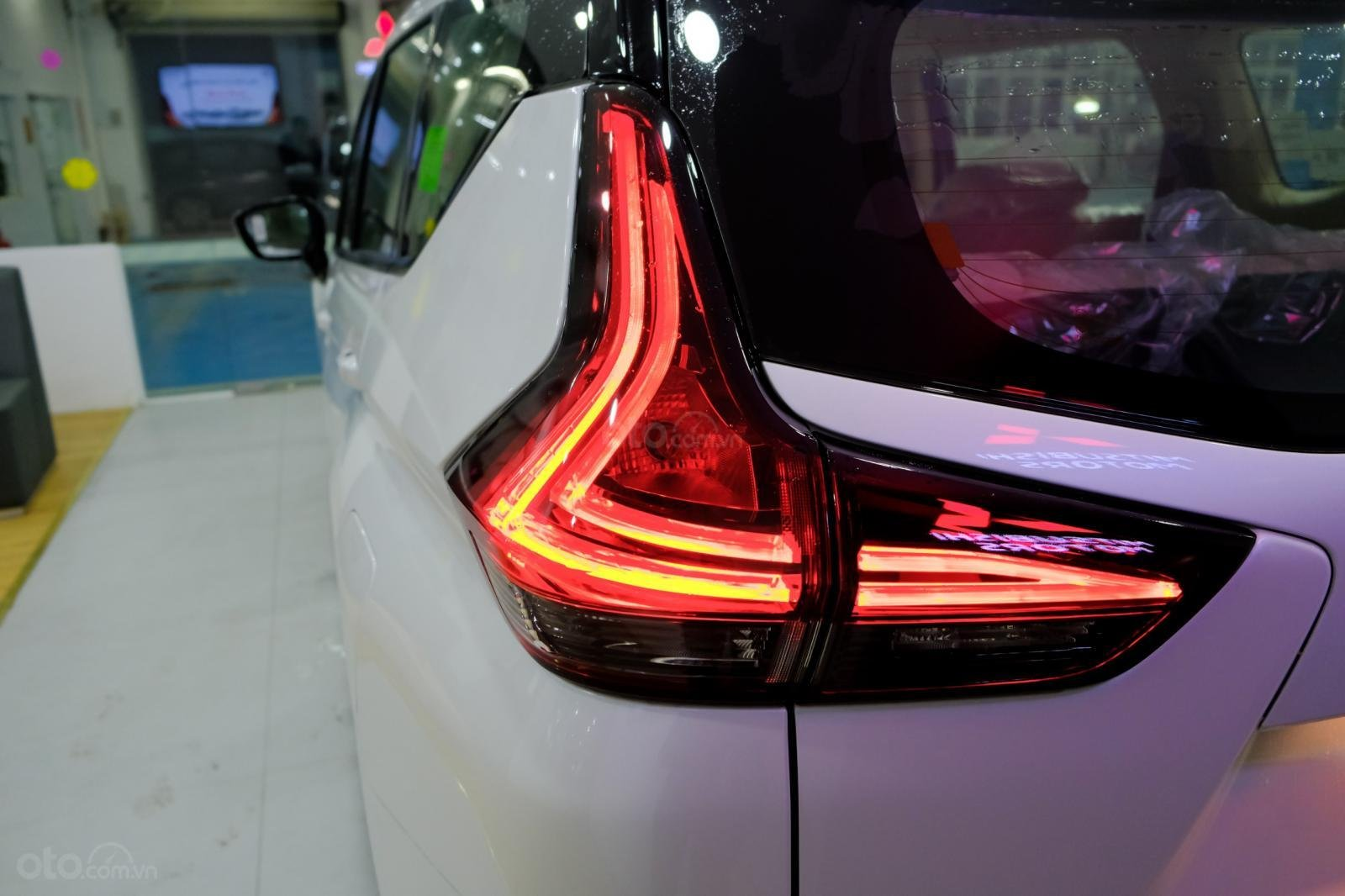 Giá xe Mitsubishi Xpander AT giá sốc đầu năm (9)