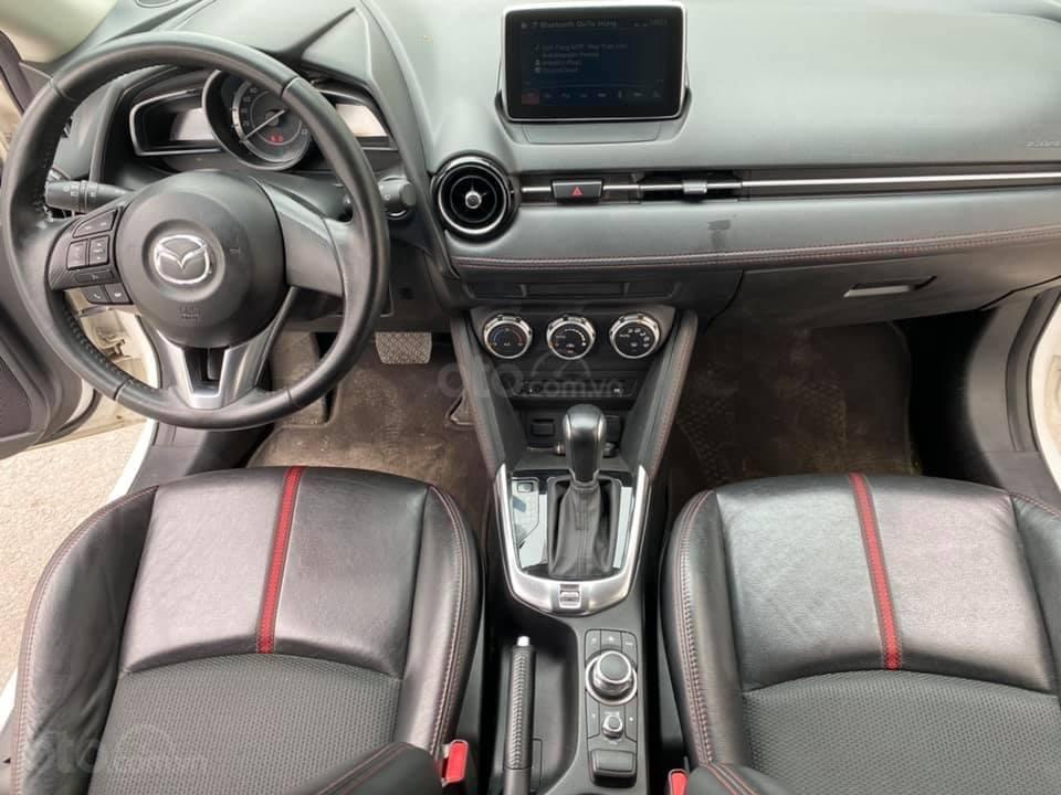 Bán gấp giá đẹp xe Mazda 2 1.5AT sản xuất 2016, màu trắng, biển Sài Gòn (5)