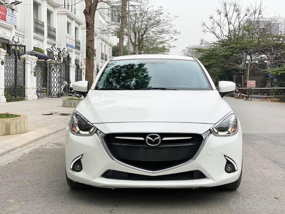 Bán gấp giá đẹp xe Mazda 2 1.5AT sản xuất 2016, màu trắng, biển Sài Gòn (3)