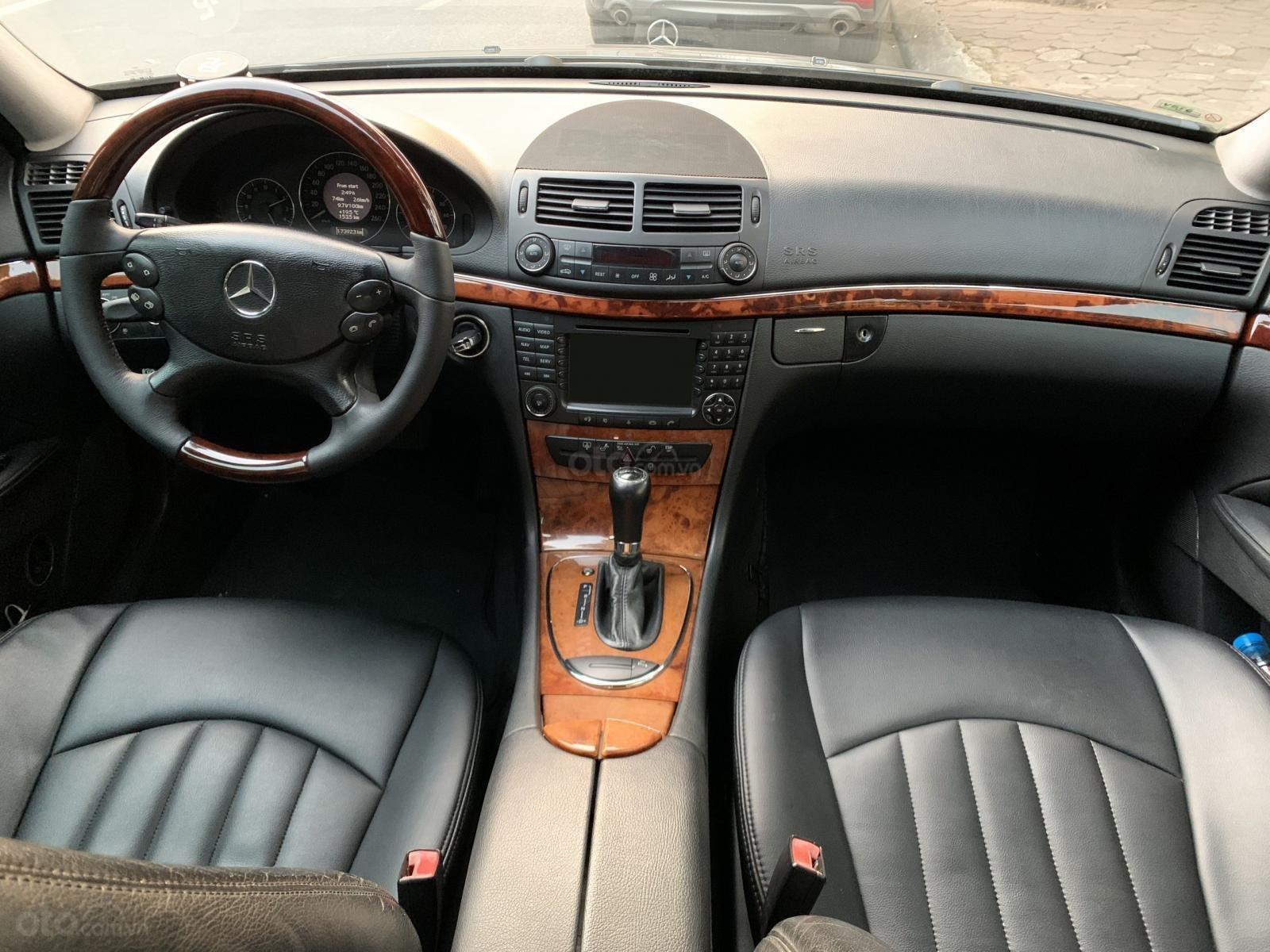 Bán Mercedes E280 sản xuất 2008, màu đen số tự động, nhập khẩu (9)