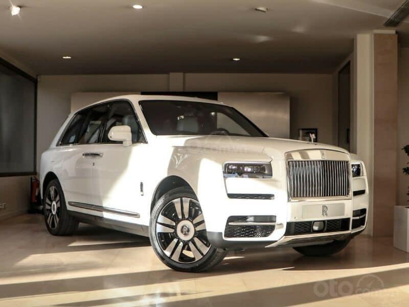 Bán xe Rolls-Royce Cullinan 2021 (1)