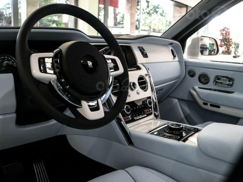 Bán xe Rolls-Royce Cullinan 2021 (5)