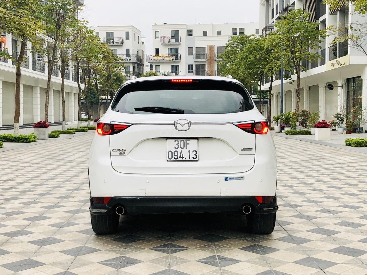 [Hot] bán nhanh Mazda CX5 2.5 đời 2018 màu trắng, xe 1 chủ từ đầu biển HN, xe đẹp không 1 lỗi nhỏ (2)