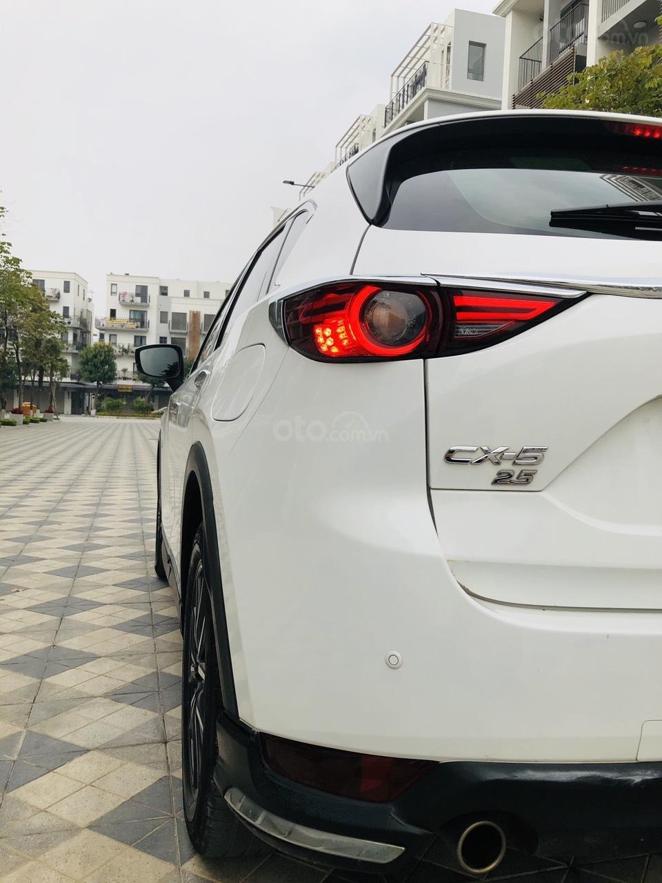 [Hot] bán nhanh Mazda CX5 2.5 đời 2018 màu trắng, xe 1 chủ từ đầu biển HN, xe đẹp không 1 lỗi nhỏ (5)