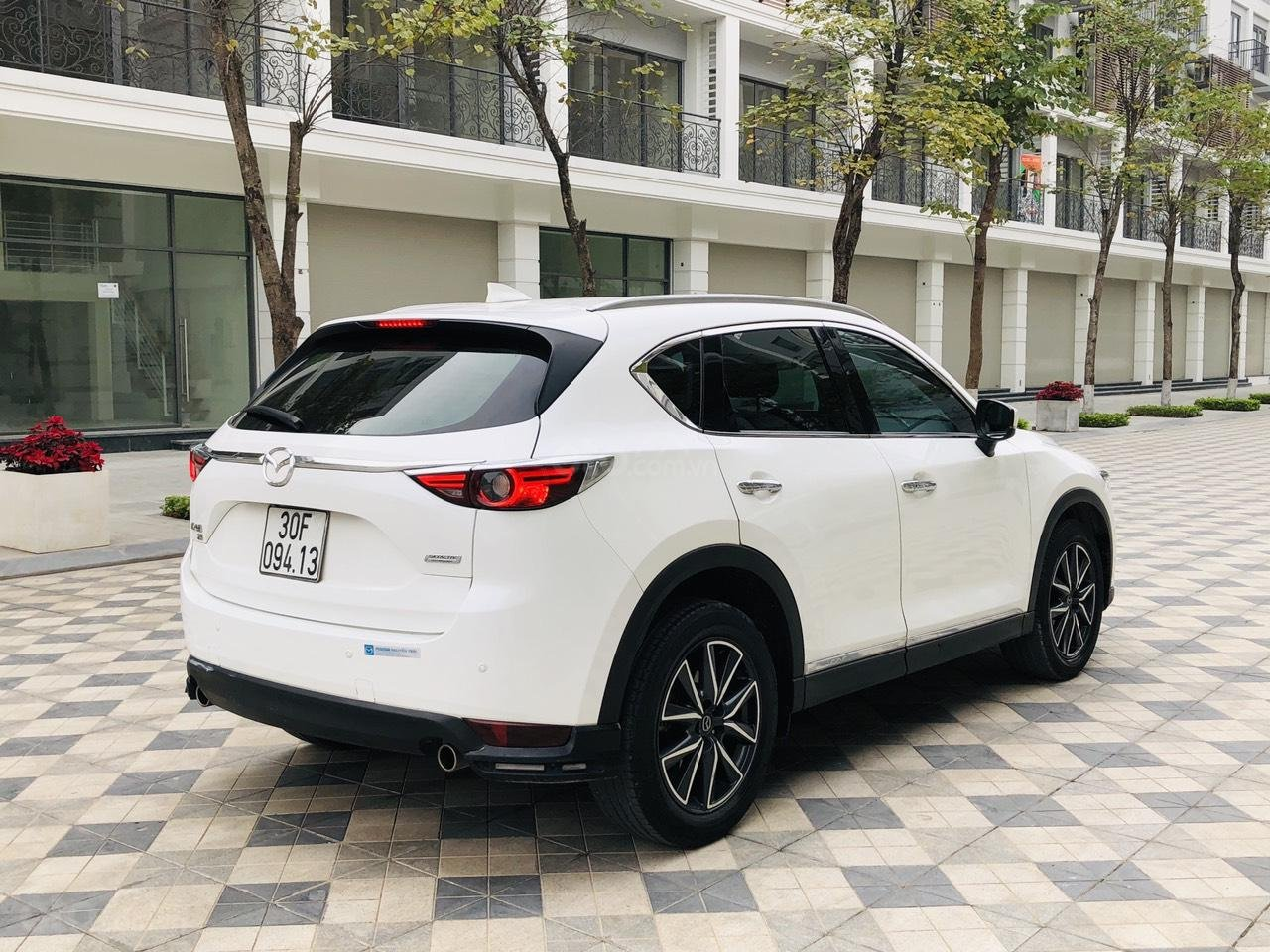 [Hot] bán nhanh Mazda CX5 2.5 đời 2018 màu trắng, xe 1 chủ từ đầu biển HN, xe đẹp không 1 lỗi nhỏ (6)