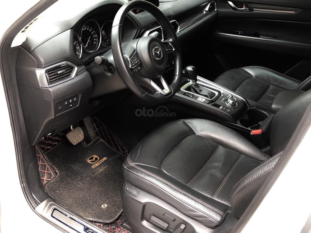 [Hot] bán nhanh Mazda CX5 2.5 đời 2018 màu trắng, xe 1 chủ từ đầu biển HN, xe đẹp không 1 lỗi nhỏ (8)