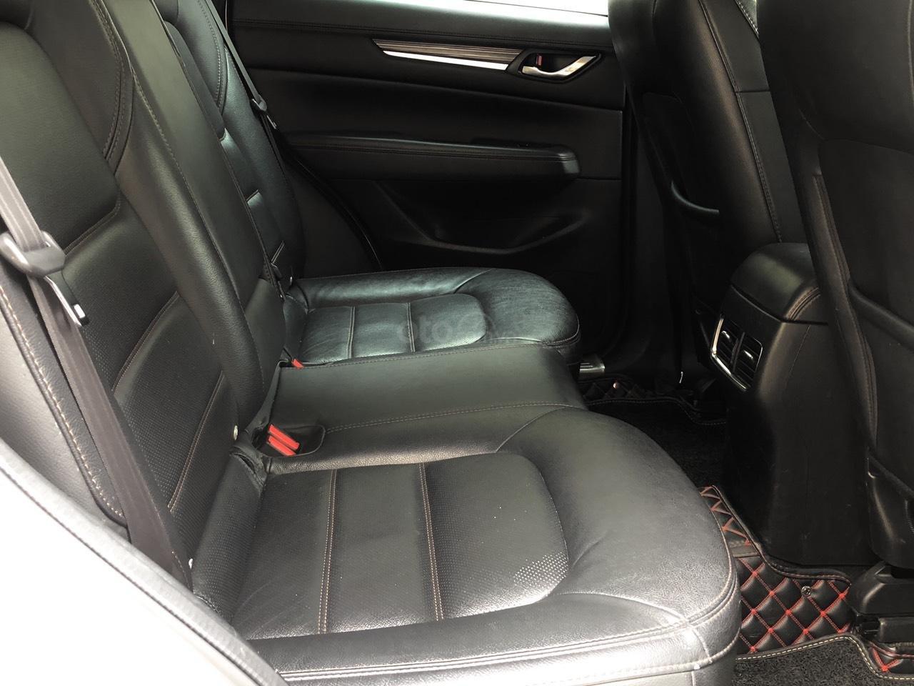 [Hot] bán nhanh Mazda CX5 2.5 đời 2018 màu trắng, xe 1 chủ từ đầu biển HN, xe đẹp không 1 lỗi nhỏ (12)