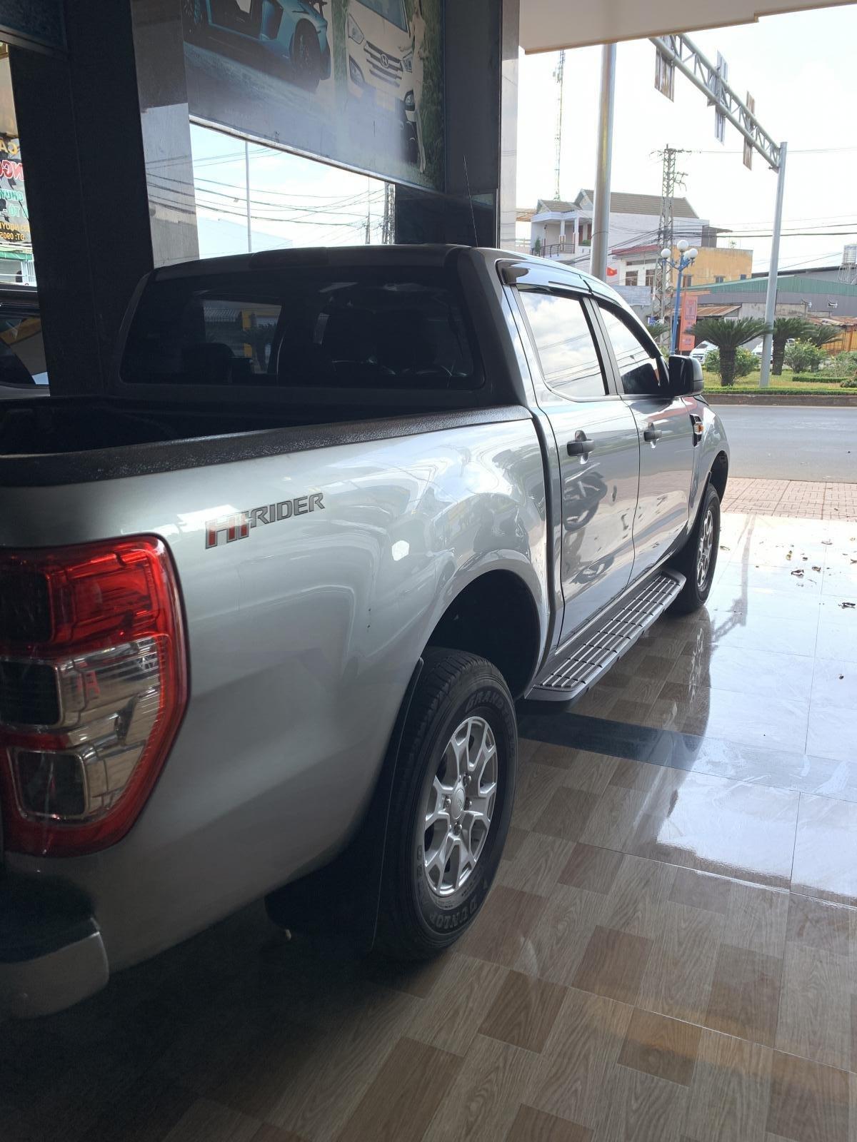 Cần bán xe Ford Ranger sản xuất 2016, giá tốt (3)