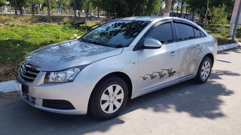 Cần bán ô tô Daewoo Lacetti đời 2009, màu bạc, nhập Hàn nguyên chiếc (2)