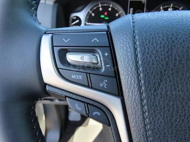 Bán Toyota Landcruiser VXS 4.6L 2021 nhập Mỹ (14)