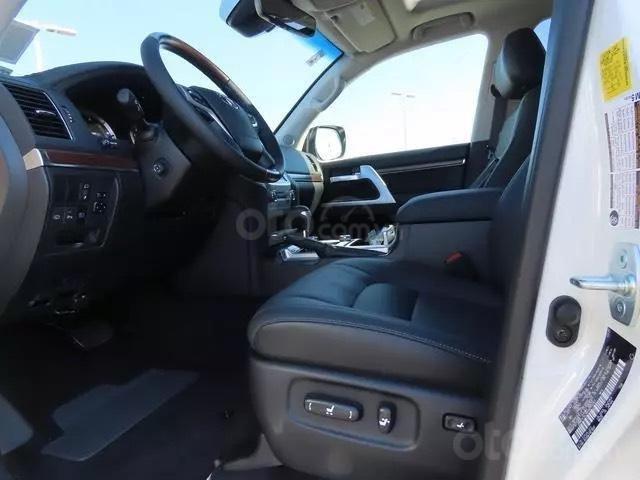 Bán Toyota Landcruiser VXS 4.6L 2021 nhập Mỹ (10)