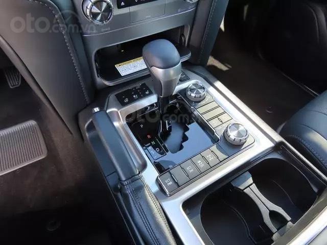 Bán Toyota Landcruiser VXS 4.6L 2021 nhập Mỹ (15)