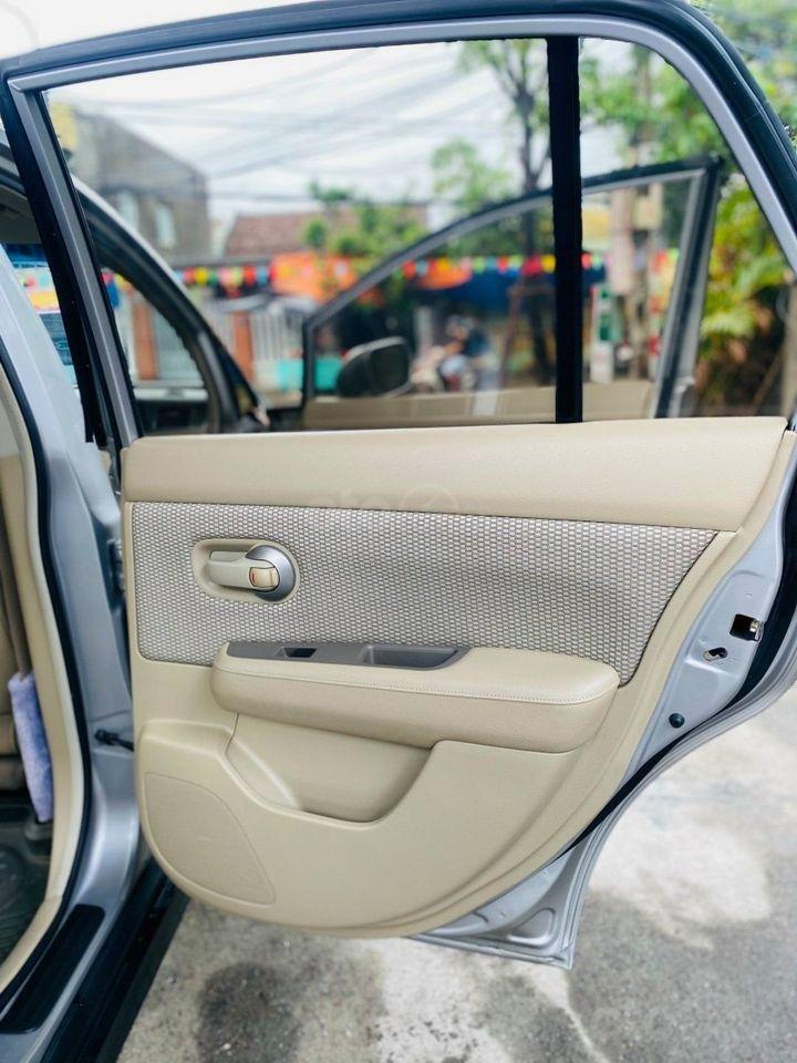 Cần bán gấp với giá ưu đãi nhất chiếc Nissan Tiida 1.6AT đời 2009 (5)