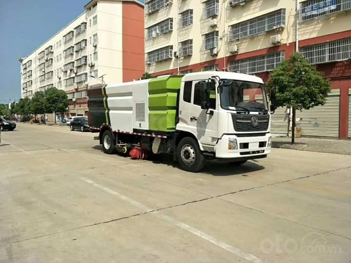 Bán xe quét đường hút bụi nhập khẩu 2021 10 khối (5)