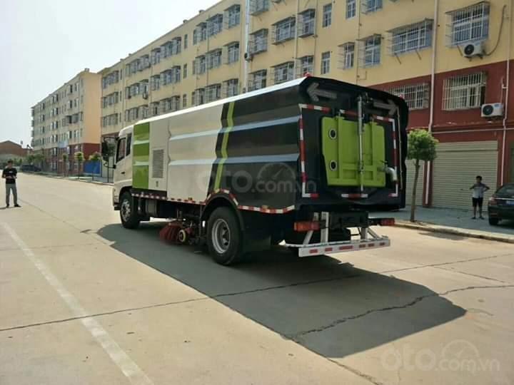 Bán xe quét đường hút bụi nhập khẩu 2021 10 khối (3)