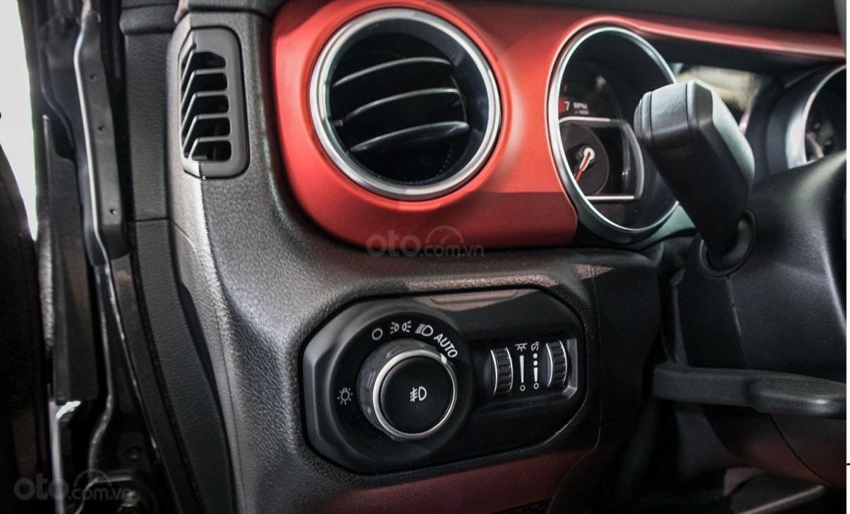 Jeep Wrangler Rubicon, chính hãng, nhiêu ưu đãi, xe sẵn giao ngay (5)