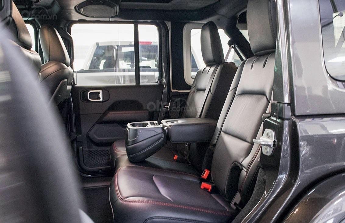 Jeep Wrangler Rubicon, chính hãng, nhiêu ưu đãi, xe sẵn giao ngay (10)
