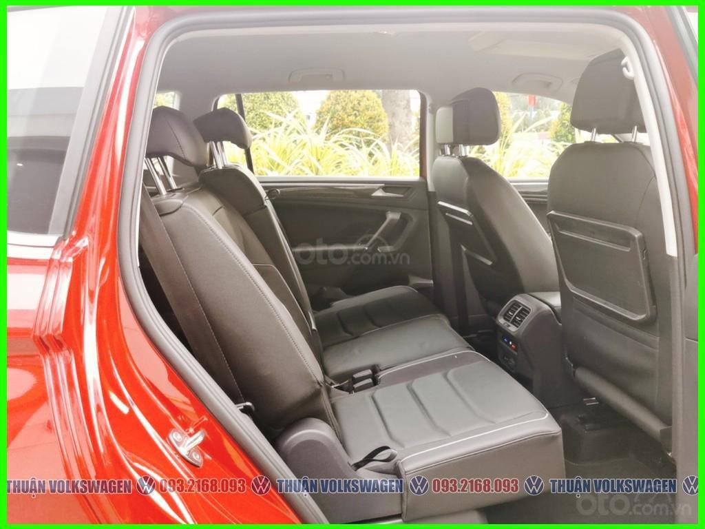 [Volkswagen Trường Chinh lì xì trước bạ khi đặt cọc T2/2021 LH Mr Thuận ] Tiguan Luxury S màu đỏ giao ngay+ gói phụ kiện (5)