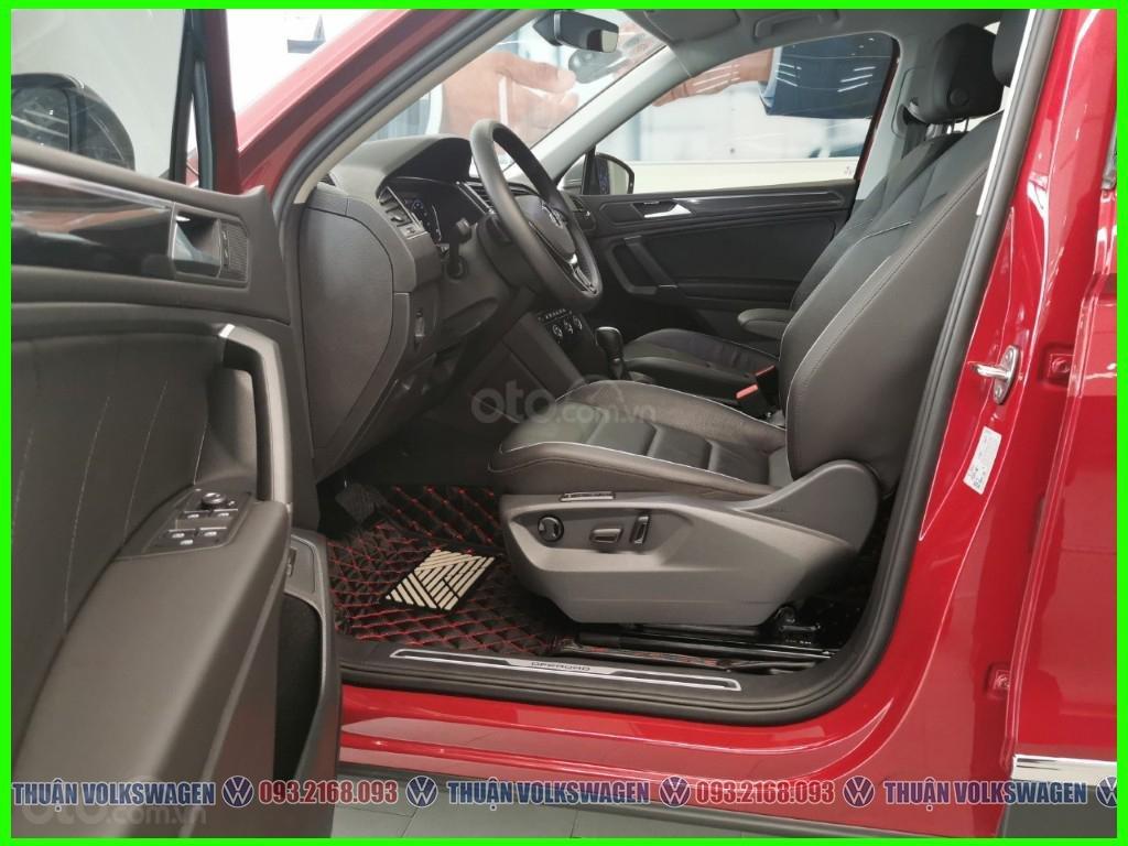 [Volkswagen Vũng Tàu lì xì trước bạ khi đặt cọc T2/2020 LH Mr Thuận ] Tiguan Luxury S màu đỏ giao ngay + gói phụ kiện (10)