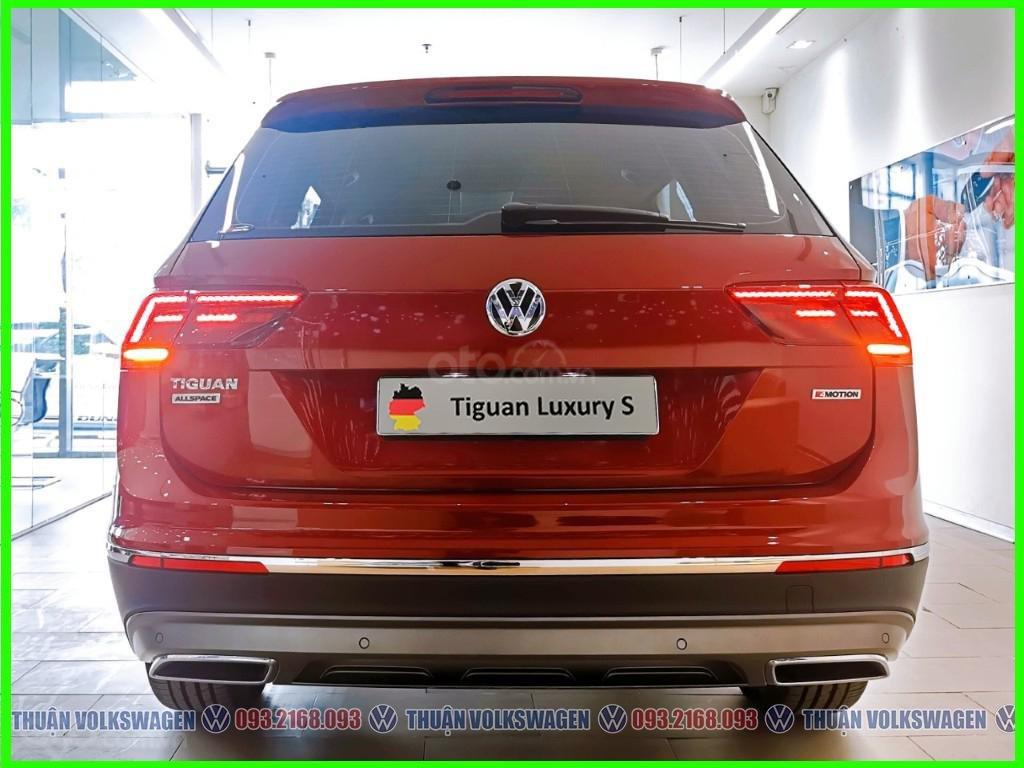 [Volkswagen Vũng Tàu lì xì trước bạ khi đặt cọc T2/2020 LH Mr Thuận ] Tiguan Luxury S màu đỏ giao ngay + gói phụ kiện (2)