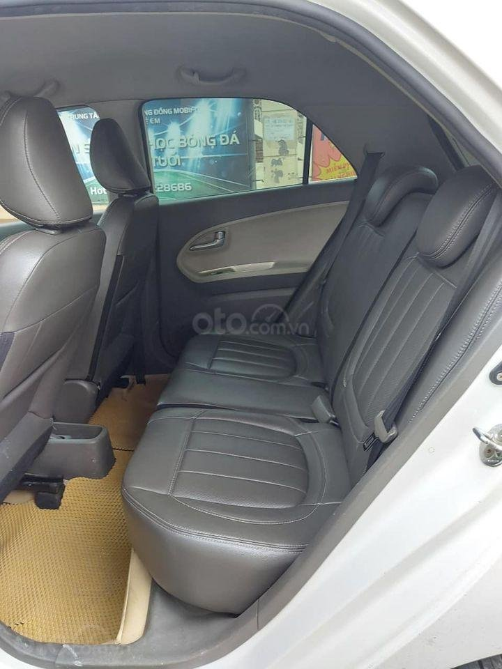 Bán ô tô Kia Morning 2017, màu trắng chính chủ giá cạnh tranh (6)