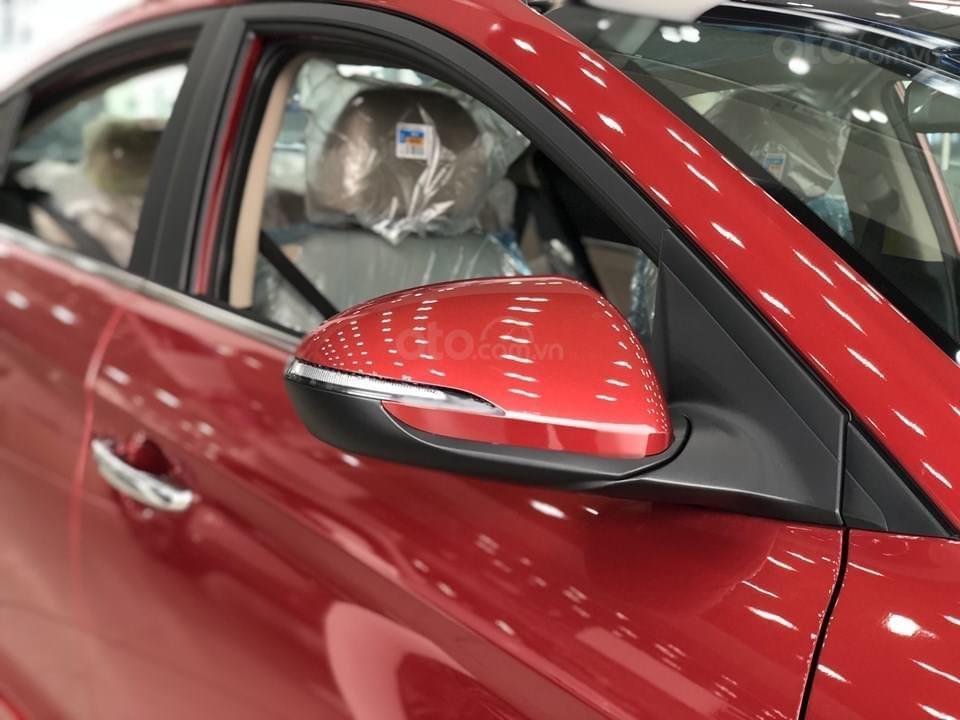 Cần bán Hyundai Elantra 2.0 AT đặc biệt sản xuất 2020, giá 686tr (3)